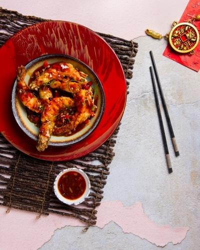 06.-Deep-fried-Tiger-Prawns-with-Spicy-Sichuan-Sauce
