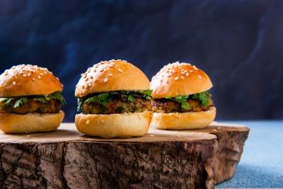 29.-Bombay-Chicken-Slider-Dish-Catering