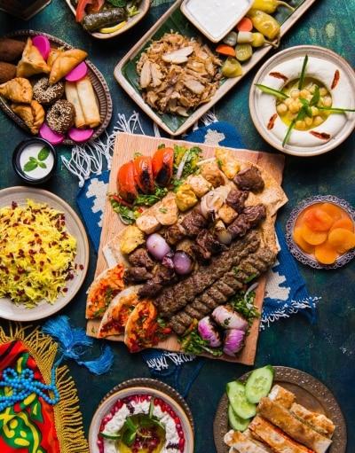 50.-Ramadan-Feast-Mixed-Grill-Platter-Shawarma-Hummus-Mezze-Qasr-Al-Sultan
